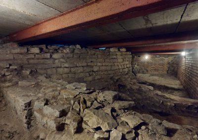 Vyšehrad Bazilika Sv. Petra a Pavla – vykopávky